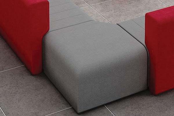 Chất liệu nỉ được dùng trong thiết kế sofa này