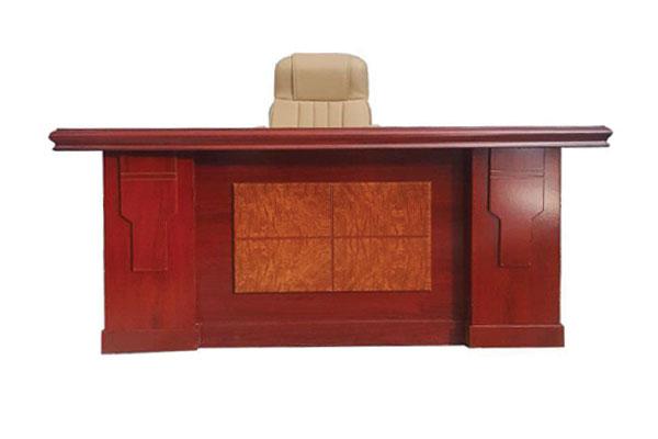 Bàn ghế giám đốc thanh lý