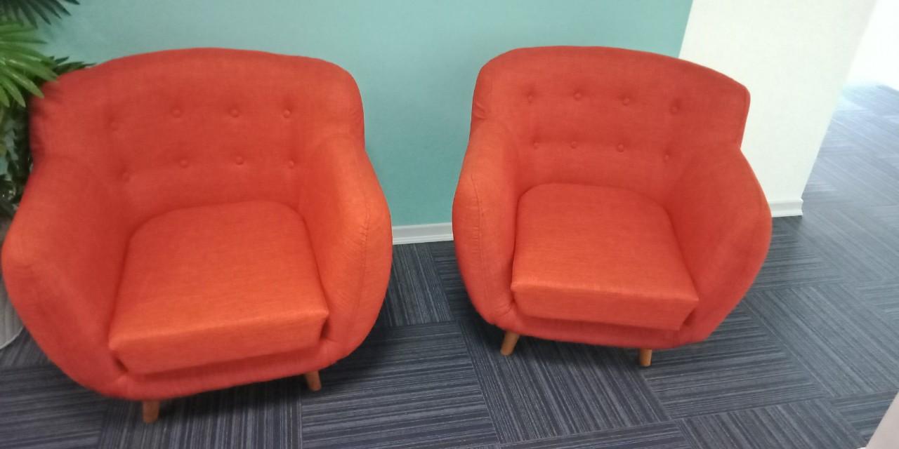 Mẫu 14: Thanh lý ghế sofa giảm giá ngay 50%