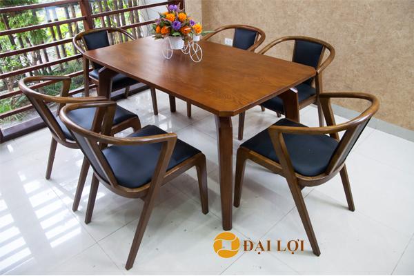 Bàn ghế ăn bằng gỗ hiện đại DRAGON-109