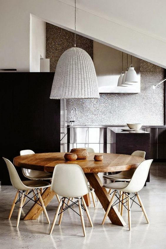 Bàn ghế ăn Eames
