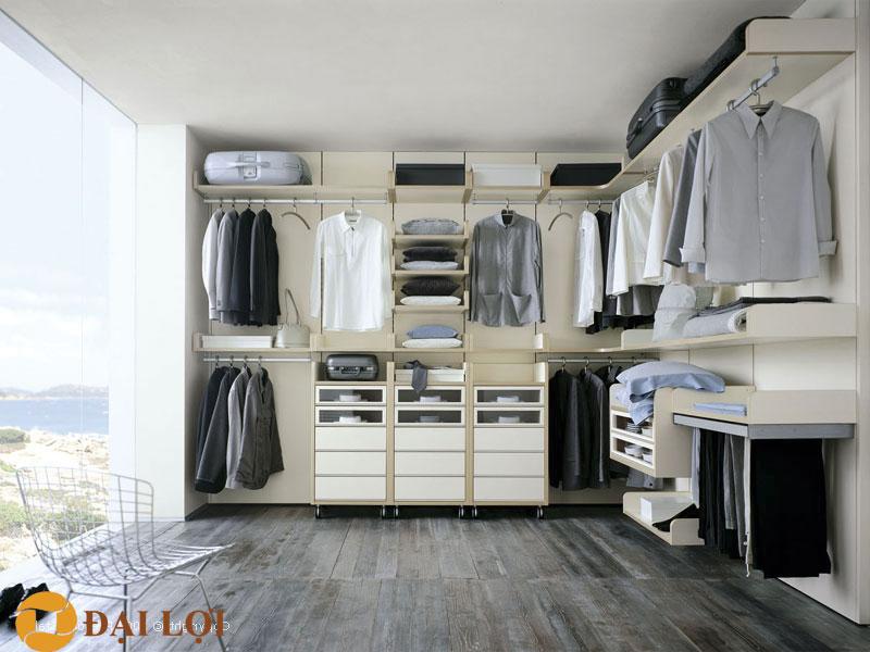 Tủ quần áo thiết kế vừa để đựng đồ như va ly, tủ nhỏ đựng phụ kiện thời trang và dành không gian rộng để treo quần áo